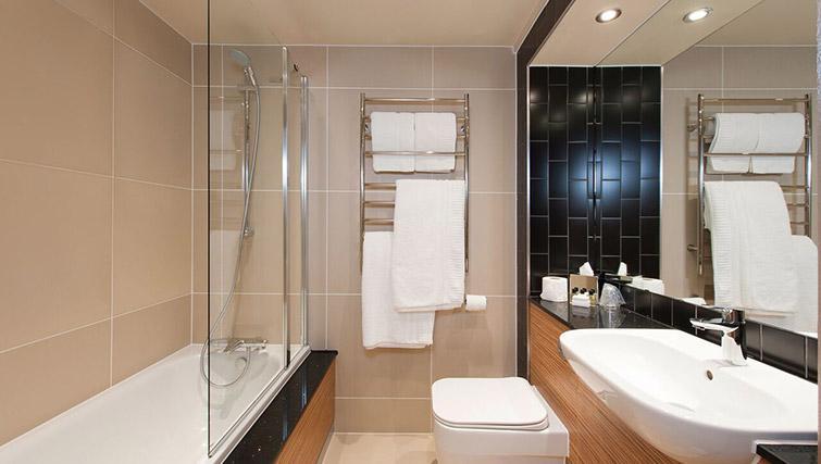 Bathroom - La Reserve Aparthotel