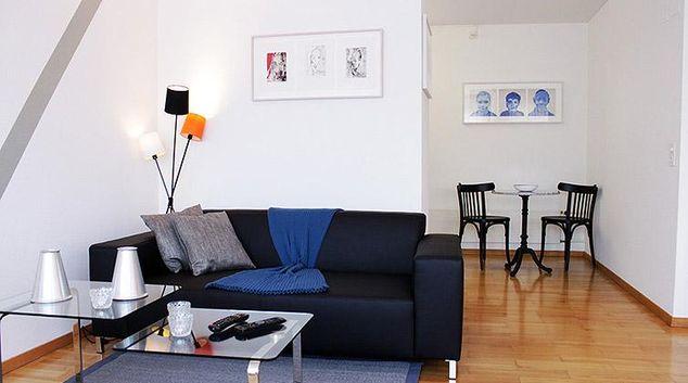 Living room at Baarerstrasse 25 Apartments