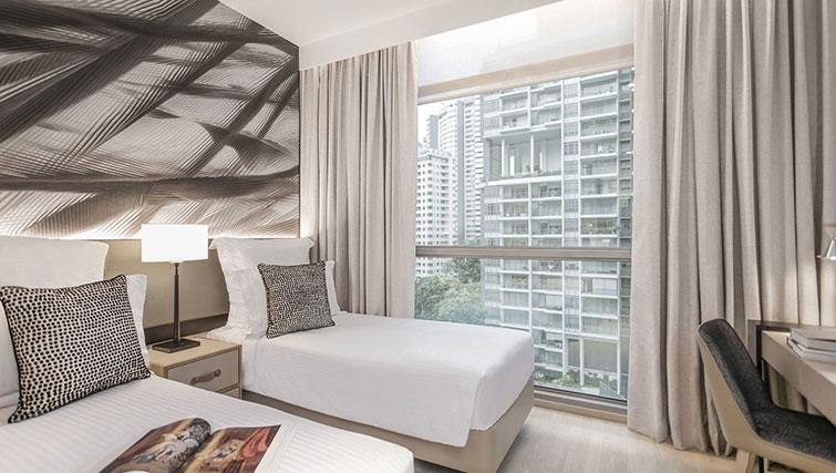 Twin bedroom at Ascott Orchard Apartments, Singapore