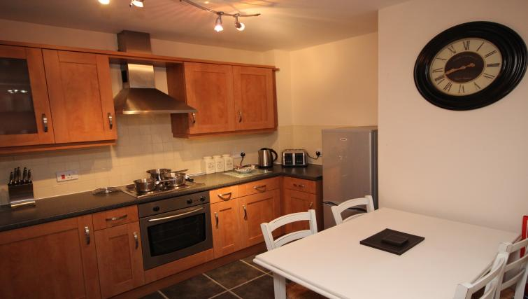 Kitchen and dining area at Collingwood Mews Apartment