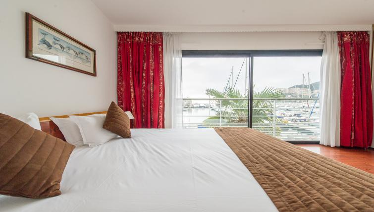 Gorgeous bedroom at Residence Le Quai des Princes