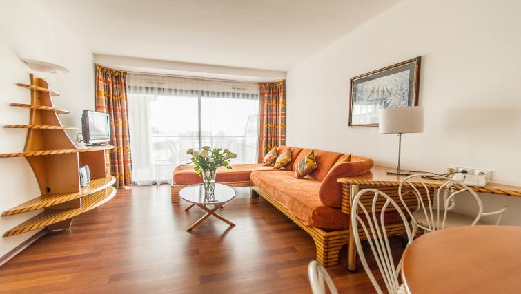 Comfortable living area at Residence Le Quai des Princes