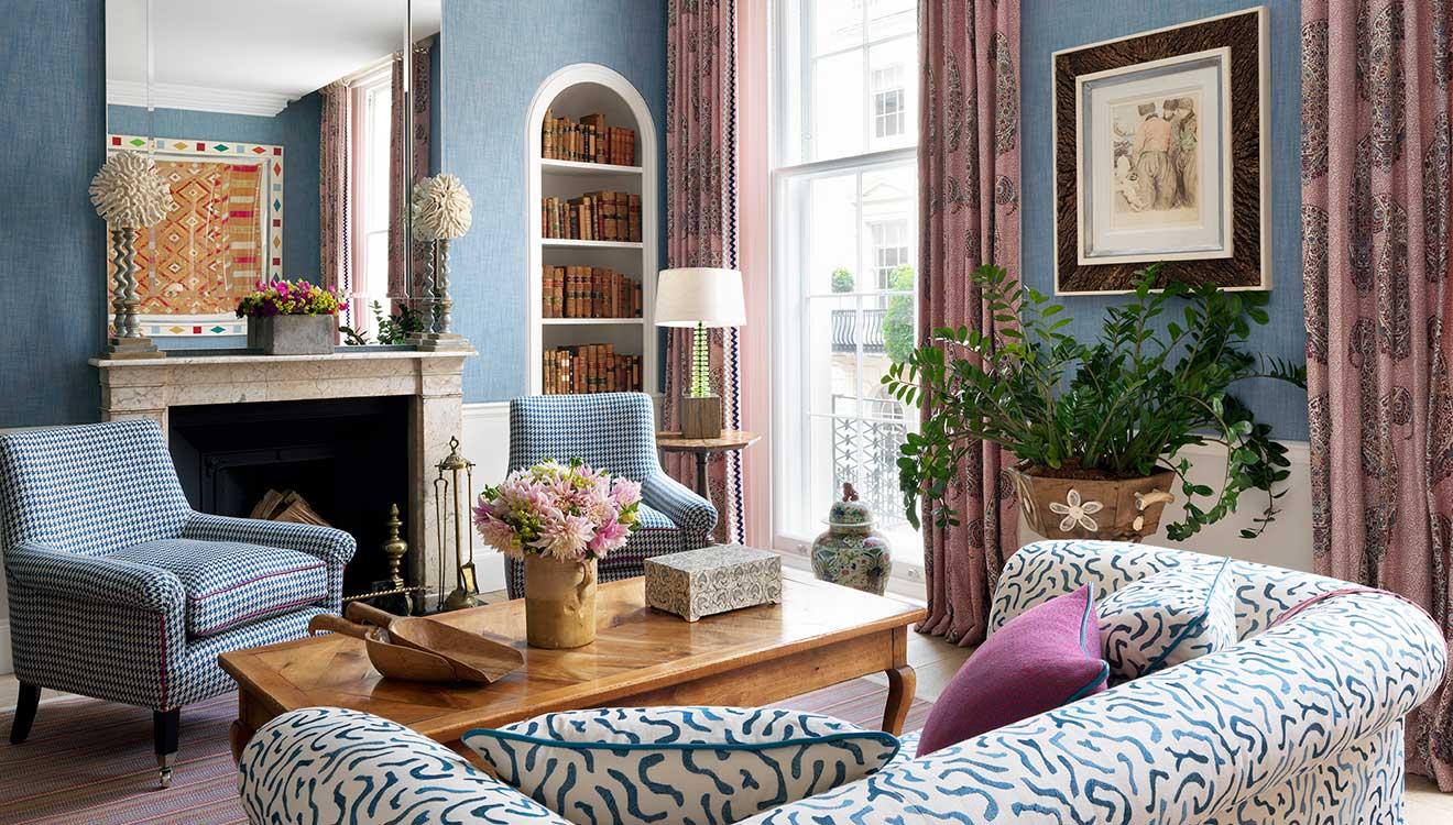 Open living room in Westminster