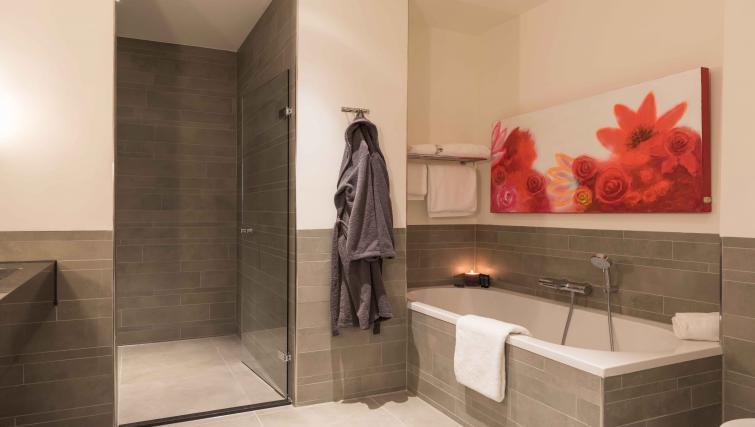 Modern bathroom at Htel Amsterdam Buitenveldert