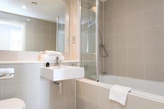 Bath at Ingram Apartments, Merchant City, Glasgow