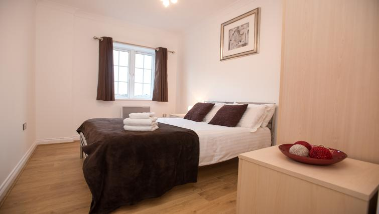Riverside House Apartments - SilverDoor