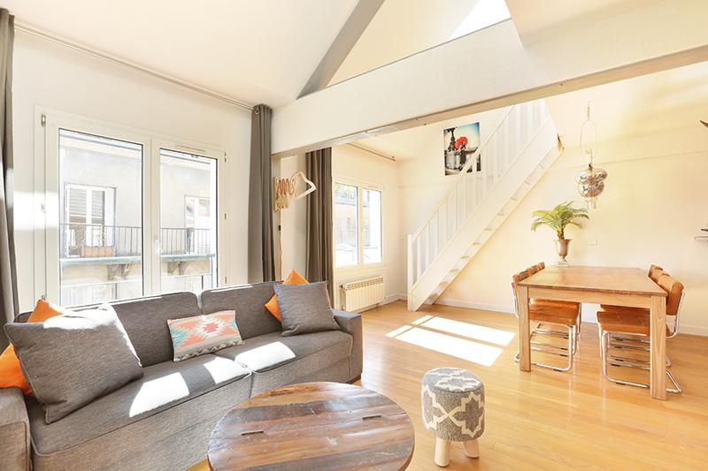Living area at Residence Les Lilas Paris Apartment, Les Lilas, Paris