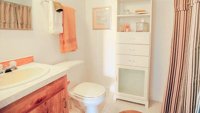 Bathroom at Boulder Park Apartment