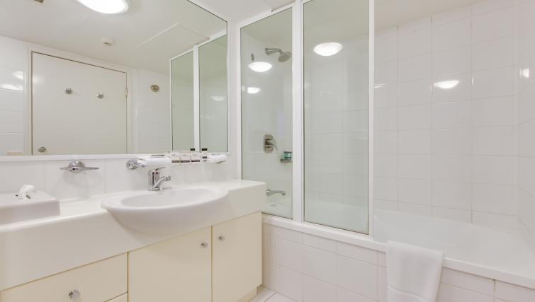 Oakwood Hotel & Apartments Brisbane - SilverDoor