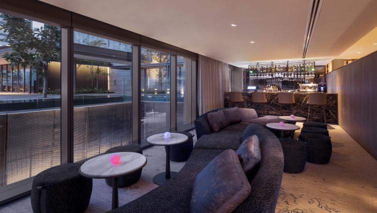 Bar at Oakwood Premier OUE Apartments