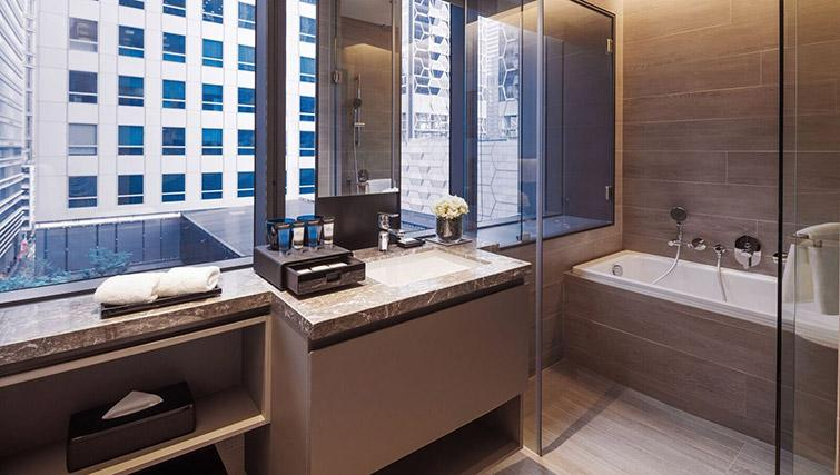 Shower room at Oakwood Premier OUE Apartments, Singapore