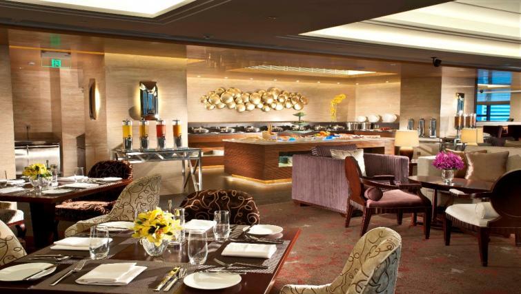 Stunning restaurant at Oakwood Premier Guangzhou