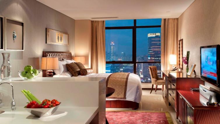 Stunning studio apartment at Oakwood Premier Guangzhou