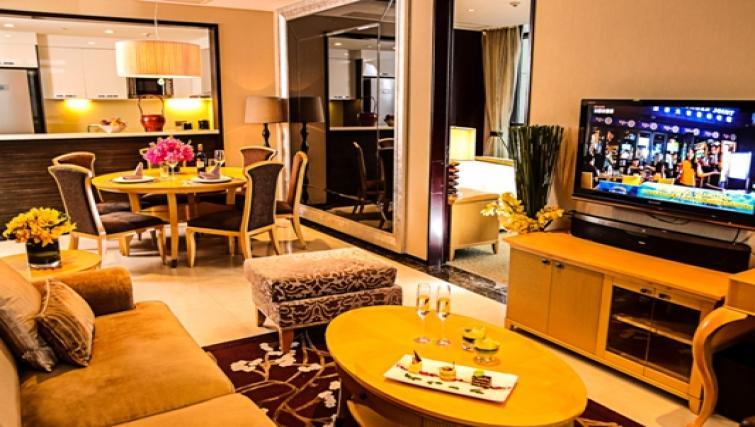 Colourful living area at Oakwood Premier Guangzhou