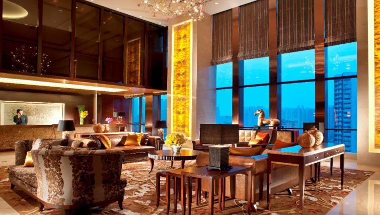 Communal lobby area at Oakwood Premier Guangzhou
