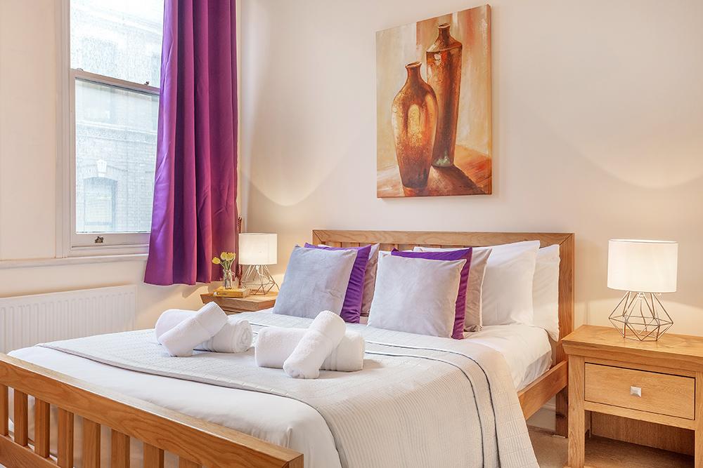 Bedroom at Creechurch Lane